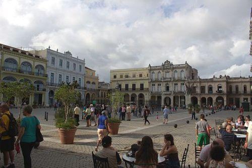 Plaza mix