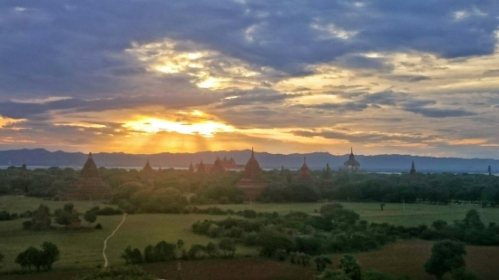 The sunset over the Bagan temples and plains...just marvelous!